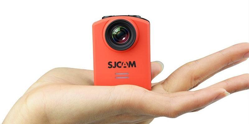 SJCAM-M20-Action-Cam-in-hand