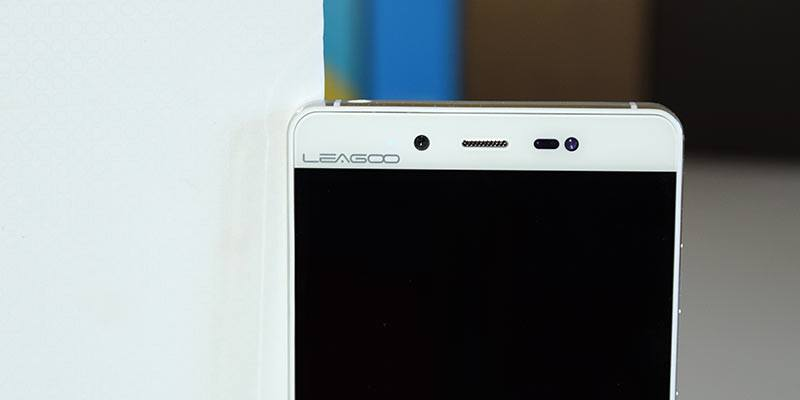 Leagoo-elite-1-front-camera