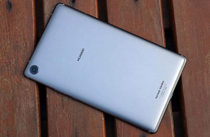 """Huawei MediaPad M5 8.4"""" Design"""