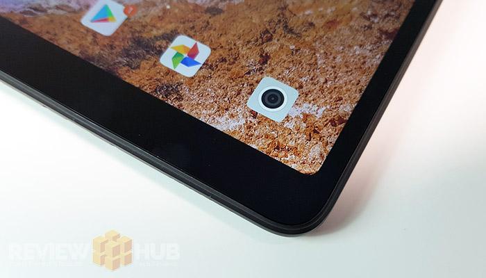 Xiaomi Mi Pad 4 Curved Display Corners